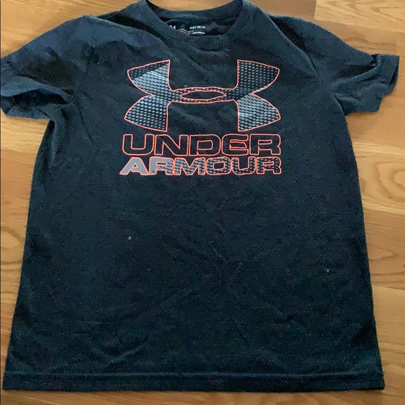 Under Armour Other - Boys Under Armour Athletic Tee